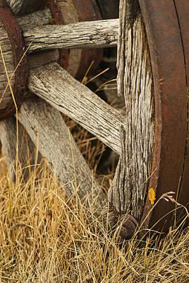 Wagon Wheel Hub Wall Art - Photograph - Wheels 3 by Wayne Stadler