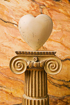 Amour Photograph - White Stone Heart On Pedestal by Garry Gay