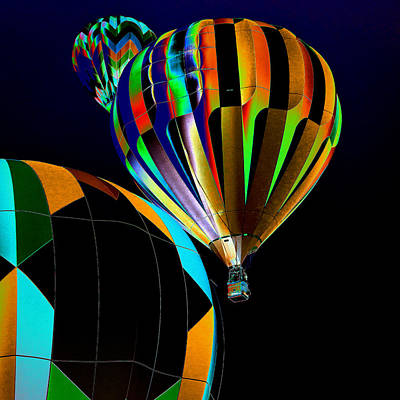 Hot Air Balloon Photograph - Who Has The The Right Of Way by David Patterson