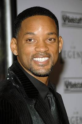 Will Smith Photograph - Will Smith At Arrivals For I Am Legend by Everett