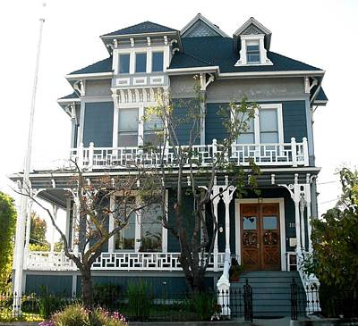Photograph - Willey House Santa Cruz by Kelly Manning