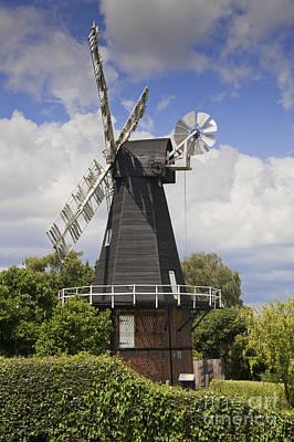 Meopham Photograph - Windmill - Kent by Donald Davis