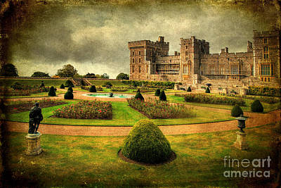 Photograph - Windsor Castle Garden by Yhun Suarez