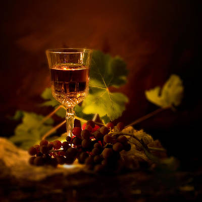 Wine Glass And Grapes Print by Ellie Caputo