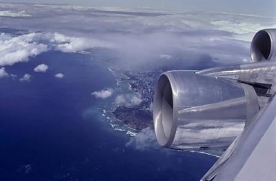 Photograph - Wings Over Diamond Head by Joe  Palermo