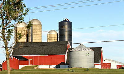 Photograph - Wisconsin Farm by Pamela Walrath