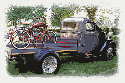 Photograph - Wizzer Cycle At The Hot Rod Show by Steve McKinzie