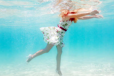 Fluttering Photograph - Woman Underwater by MotHaiBaPhoto Prints