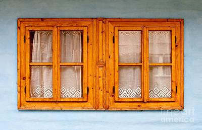 Photograph - Wooden Windows by Les Palenik