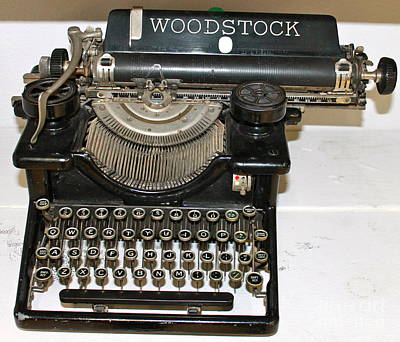 Photograph - Woodstock Typewriter by Pamela Walrath