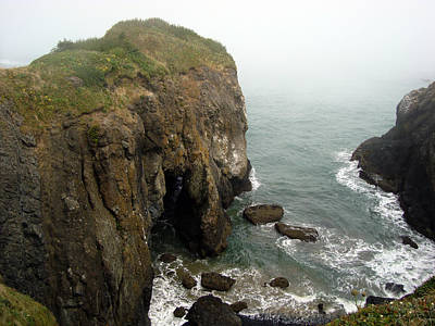 Photograph - Yaquina Headlands Sea Arch by Glenna McRae