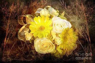 Daydreams Art Photograph - Yellow Gerbera Daisy And White Rose Bridal Bouquet In Nature Setting by Cindy Singleton
