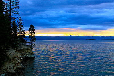 Photograph - Yellowstone Lake Sunrise by Karon Melillo DeVega