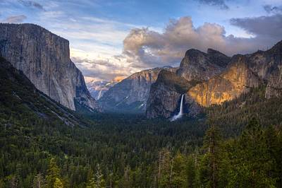 Yosemite Sunset Art Print by Jim Neumann