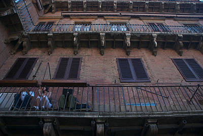 Sienna Italy Photograph - Young People Chat And Use A Laptop by Heather Perry