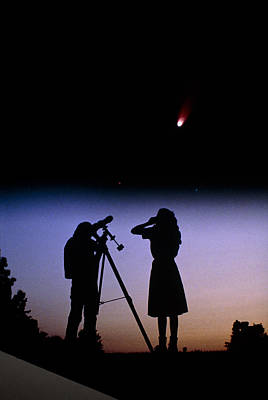 Young People Observe A Bright Comet Print by John Sanford