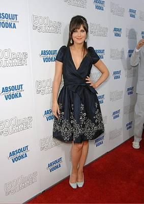 Zooey Deschanel Wearing A Naeem Khan Print by Everett