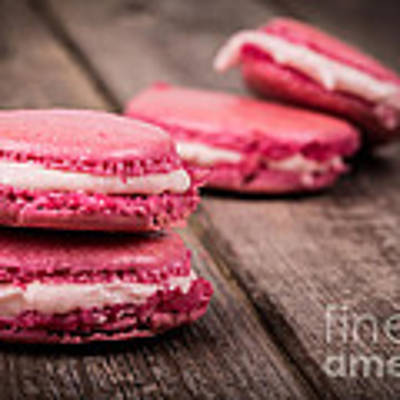 Raspberry Macarons Retro Art Print