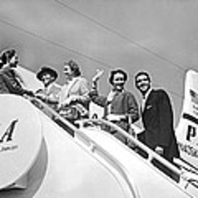 Passengers Board Panam Clipper Art Print by Underwood Archives