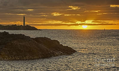 Photograph -  Ninini Point Lighthouse Sunrise by Gary Beeler