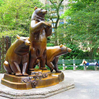 Photograph - Three Bronze Sculpture Statue Of Bears Great Attraction At New York Ny Central Park By Navinjoshi by Navin Joshi