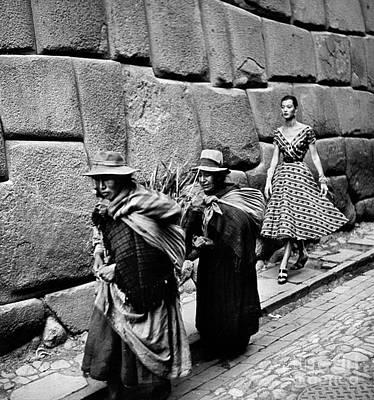 Photograph - Peru: Fashion Model, 1950s by Granger