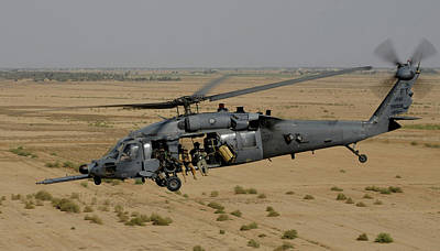 A U.s. Air Force Hh-60 Pavehawk Flies Art Print