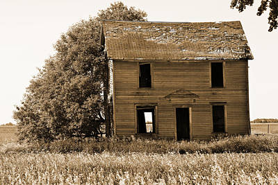 Sepia Vintage Farmhouse Photograph - Abandoned Farm House Sepia Toned by Donald  Erickson