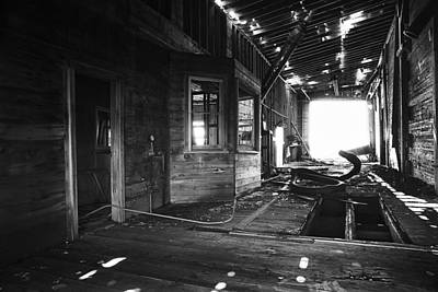 Old Home Place Photograph - Abandoned Grain Elevator Drive Through by Donald  Erickson