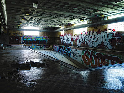 Photograph - Abandoned Swimming Pool by Dylan Murphy