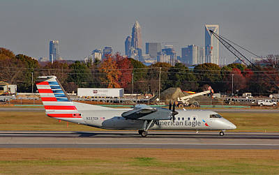 Photograph - American Eagle Dash 8 N337en B by Joseph C Hinson Photography