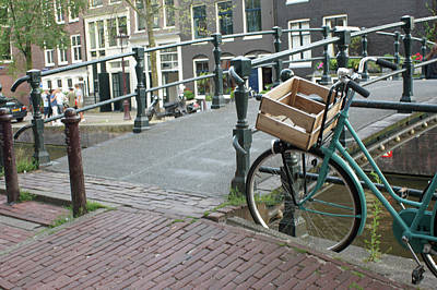 Photograph - Amsterdam 37 by Steve Breslow