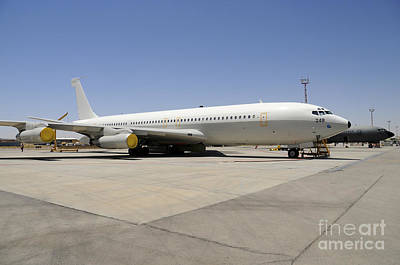 Target Threshold Nature - An Israeli Air Force Boeing 707 Reem by Riccardo Niccoli