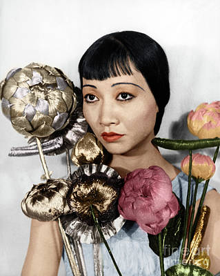Photograph - Anna May Wong by Granger