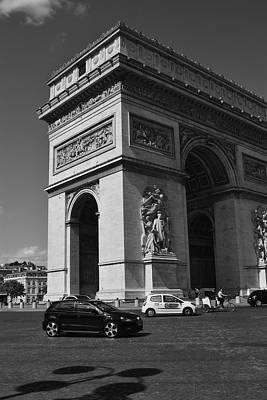 Photograph - Arc De Triomphe, by Puzzles Shum