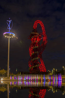 London Skyline Royalty-Free and Rights-Managed Images - ArceorMittal Orbit  Olympic Park by David French