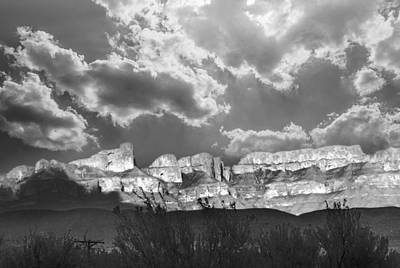 Photograph - Glowing Mountains by Judy Hall-Folde