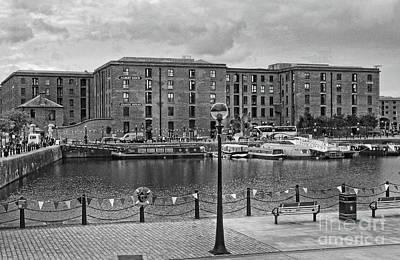Photograph - Atlantic Pavilion - Albert Dock by Doc Braham