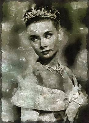 Actors Paintings - Audrey Hepburn Hollywood Actress by Mary Bassett