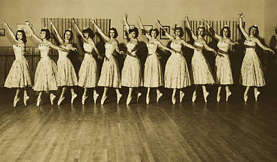 Photograph - Ballet Class 1940s by Pixabay