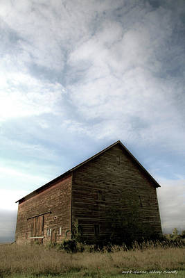 Photograph - Barn by Mark Alesse