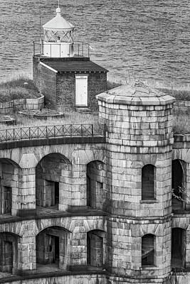 Art Print featuring the photograph Battery Weed At Fort Wadsworth Nyc by Susan Candelario