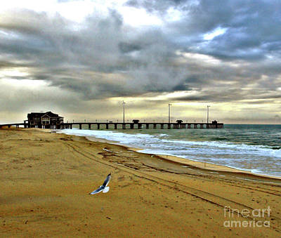 Photograph - Beach Days 2 by Raymond Earley