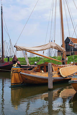Photograph - Beautiful Ol Wooden Sailing Ship by Patricia Hofmeester