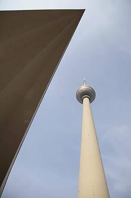Architektur Photograph - Berlin Tv Tower by Falko Follert