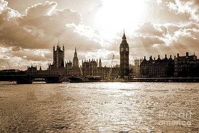 Photograph - Big Ben And Houses Of Parliament In London by Patricia Hofmeester