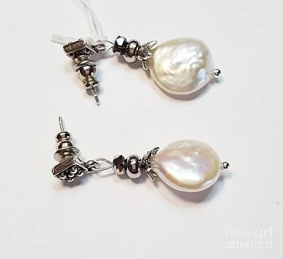 Jewelry - Biwa  by Diana Bursztein