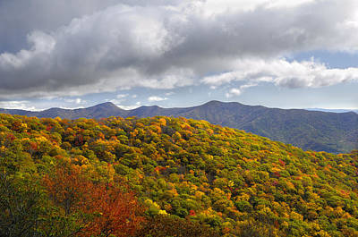 Blue Ridge Mountains In Autumn Color Art Print by Darrell Young