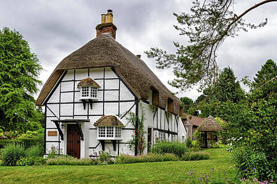 Photograph - Bluebell Cottage Micheldever by Shirley Mitchell