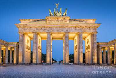 Photograph - Brandenburg Gate by JR Photography